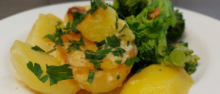 Bechamelkartoffeln Brokkoli